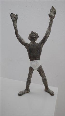 Galerie Delfi Form, Man zoekt mam, brons, 23 cm hoog
