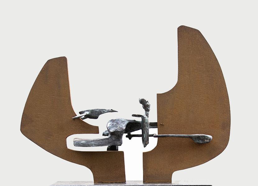 Beeld 806, brons en cortenstaal, 56x70x12 cm, verkocht