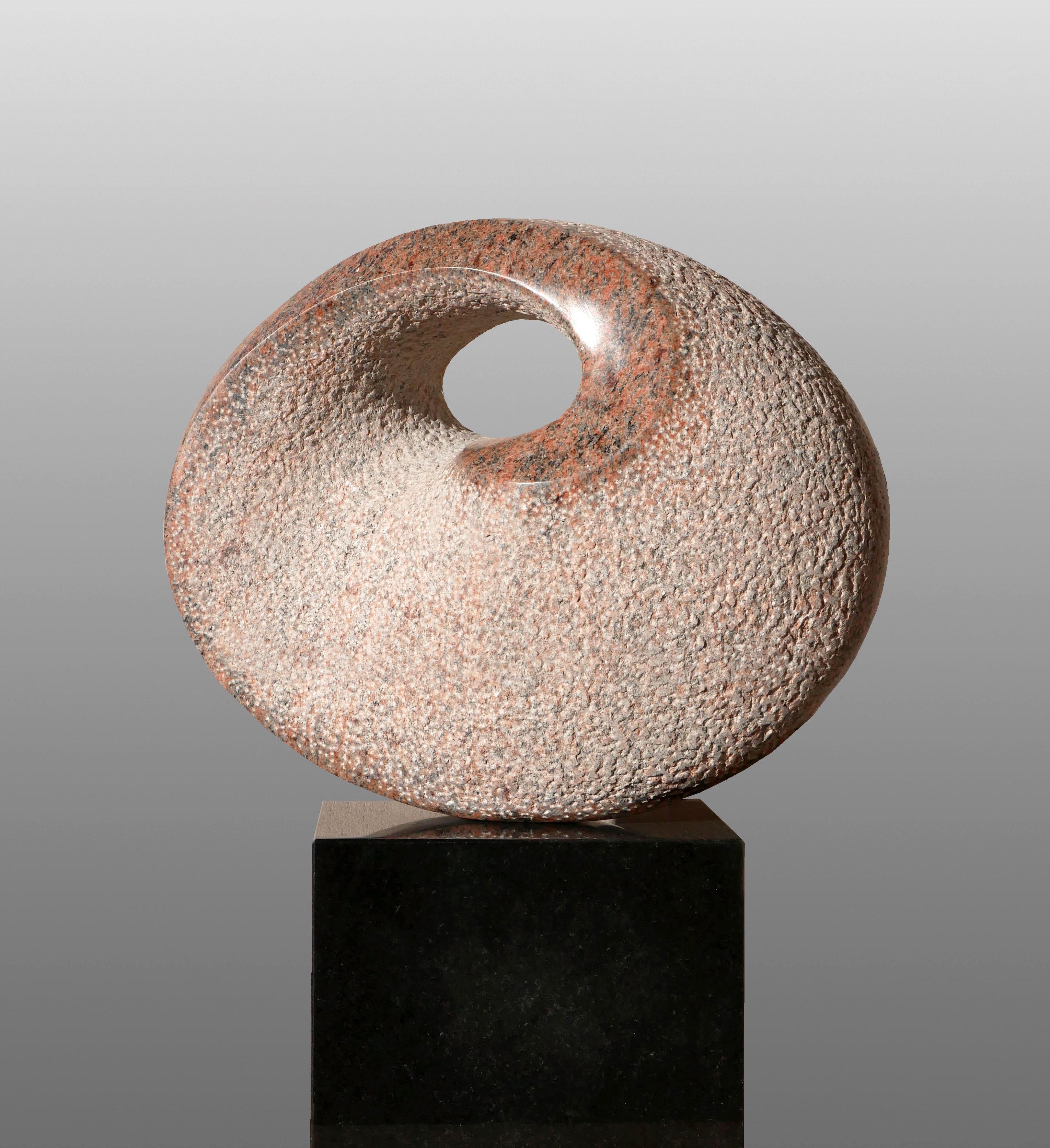 De Bloem, graniet, 56x45x19 cm, verkocht