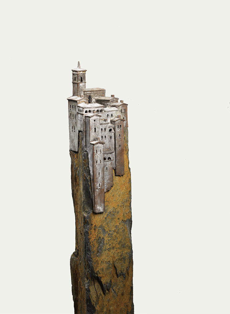 Villagio di montagna, brons op leisteen 122 cm